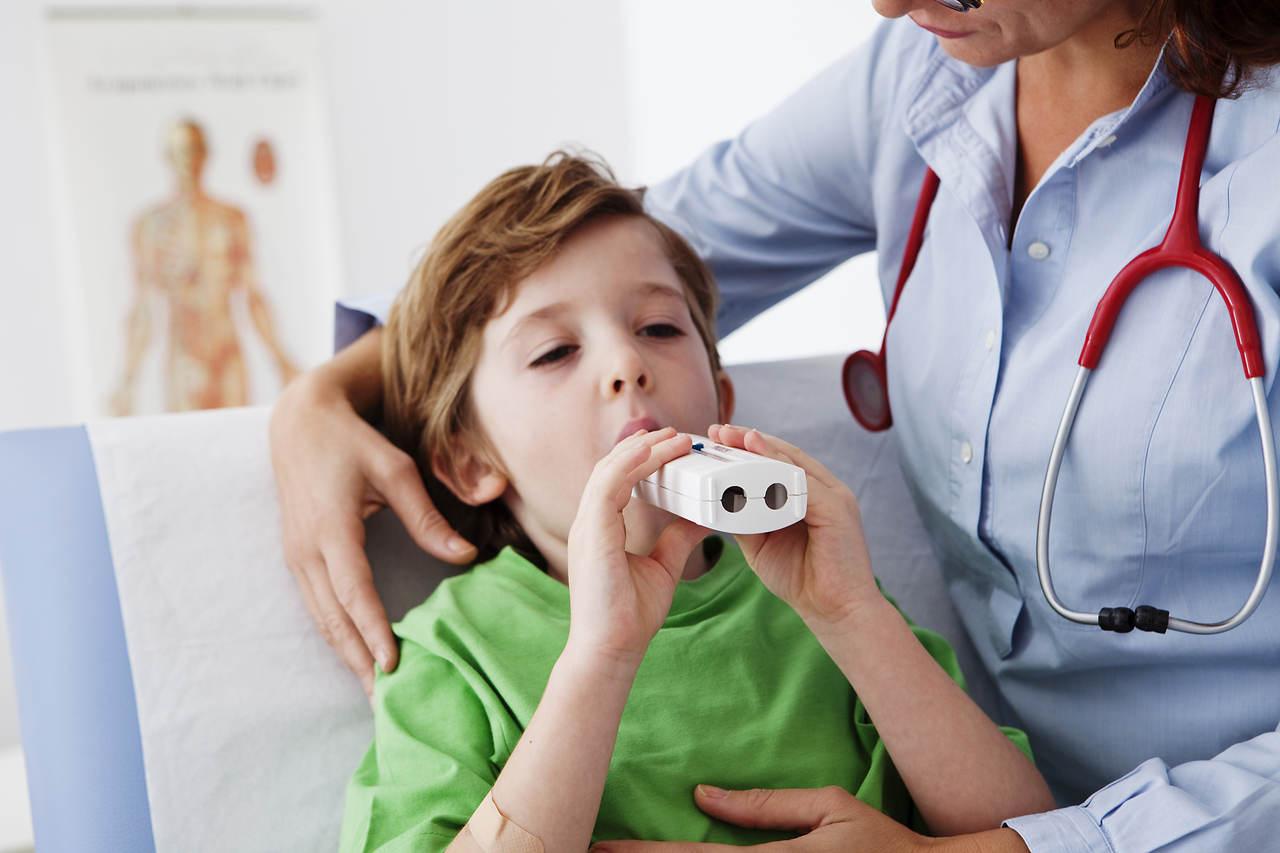 Jak używać pikflometru dla dzieci? Porady dla dzieci z astmą